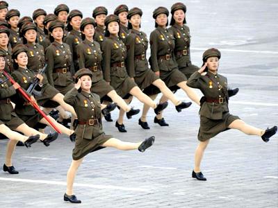 盘点各国阅兵:印度画风最美 朝鲜腿功了得