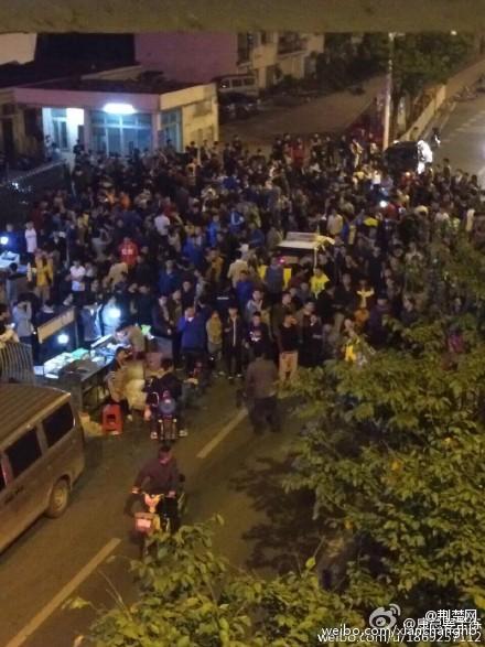武汉:小偷到体院行窃遭全校围捕 自己报警求带走(图)
