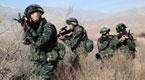 新疆武警被长矛刺嘴 倒地瞬间击毙2暴恐分子