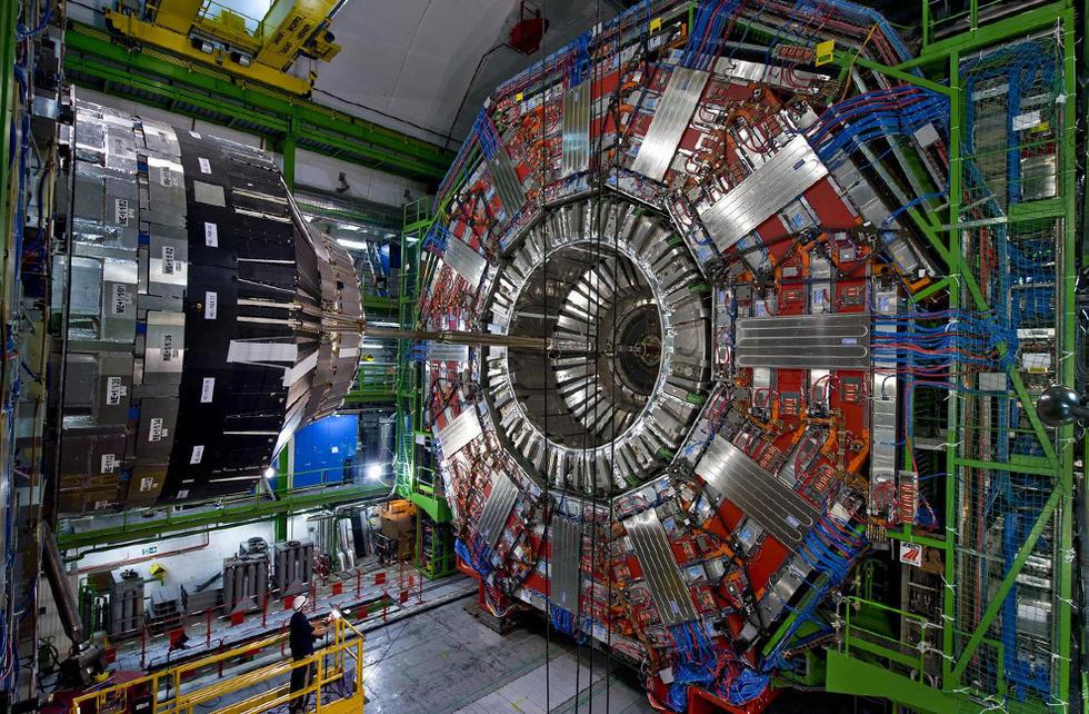 有60余名中国科学家(其中近四十人为台湾科学家)参与了强子对撞机
