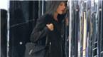 Taylor Swift背圣罗兰大号College包街拍