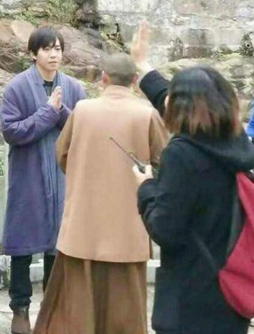 [明星爆料]俞灏明被曝出家 经纪人否认称在录节目