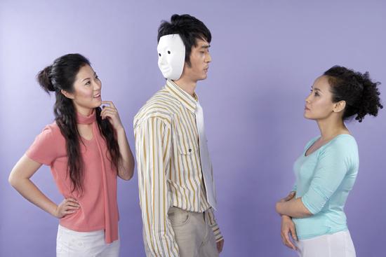 """丈夫向妻子请假 理由:春节想去陪""""小三"""""""