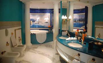 为何酒店里总是有两个马桶 自己家里可以这样装吗?