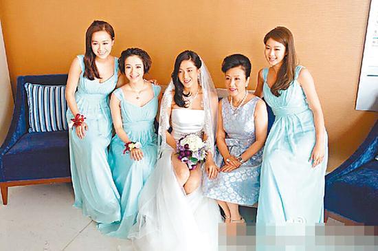 [明星爆料]钟嘉欣极速嫁圈外男友 27号温哥华办婚礼