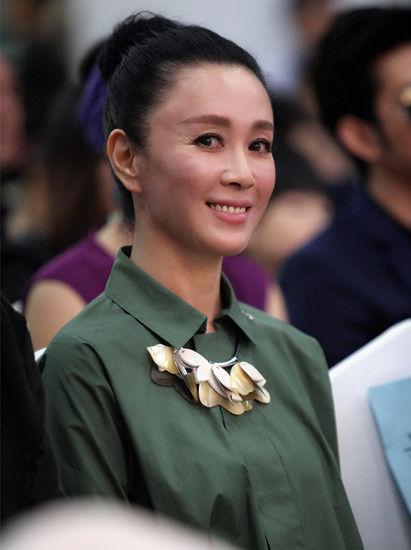 """[明星爆料]傅艺伟简介:以""""苏妲己""""一角成名 离婚有一子"""