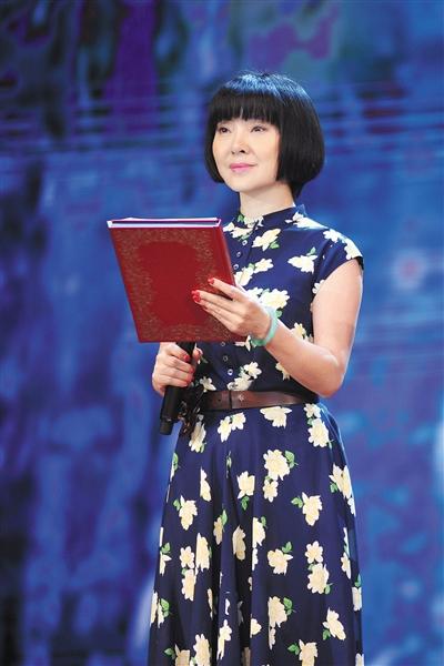 [明星爆料]陈红遭前夫诉讼案开庭 以军人身份参与经商恐不成立