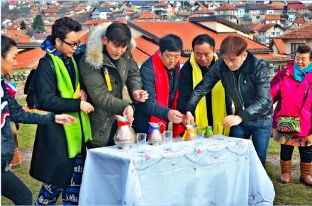 [明星爆料]中国节目组萨拉热窝遭抢劫 李玉刚郭家铭在其中