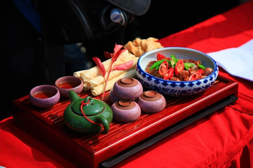 2016中国(肥东)美食文化节启幕百名厨师带来广场美食节文鼎图片
