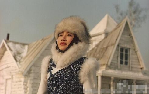 """[明星爆料]""""青藏高原""""李娜出家前旧照曝光 造型美艳"""