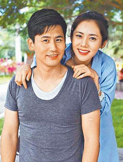 [明星爆料]秋瓷炫于晓光回应结婚传闻:有喜讯会分享