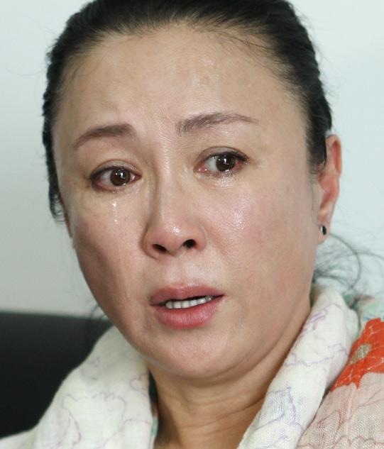 [明星爆料]傅艺伟为涉毒公开道歉 儿子喊话:我永远陪着你