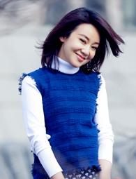 闫妮帅气演绎春季时尚