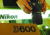 """尼康D600""""黑斑门"""""""
