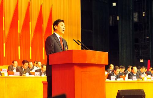省政协六届三次会议开幕 于迅作工作报告