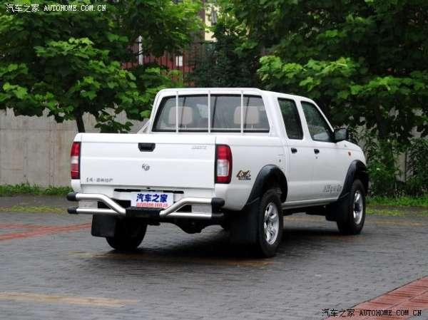 郑州日产锐骐皮卡超值版装备了排量为2.2升的zd22te涡轮增高清图片