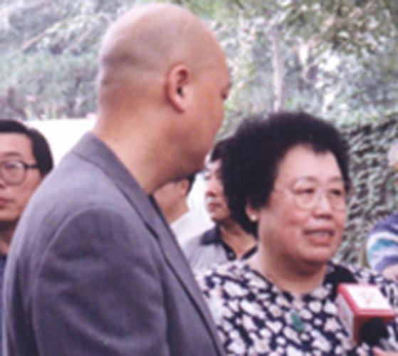 迟重瑞与富商老婆陈丽华昔日生活照