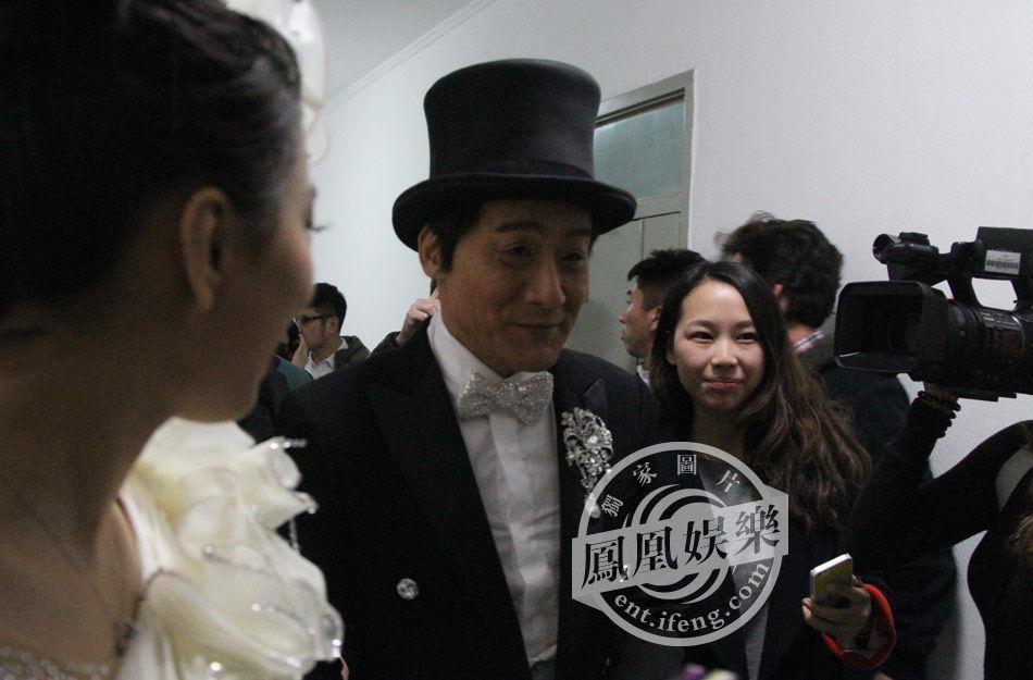 独家:央视马年春晚后台[高清大图] - 人在上海    - 中華日报Chinadaily