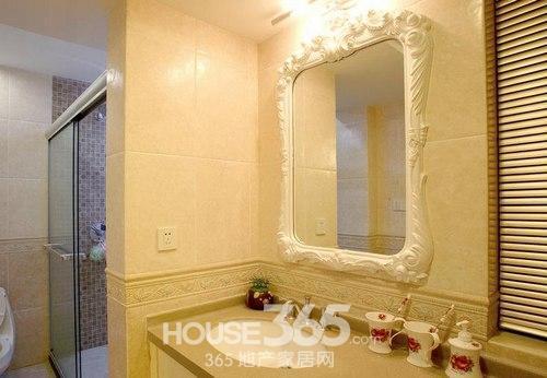 欧式主人房厕所装修风格效果图