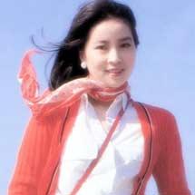 林凤娇:最是那一低头的温柔