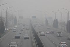 应对雾霾用车注意事项 安全健康都重要