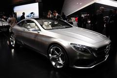 奔驰新S级Coupe量产版实车图 3月发布
