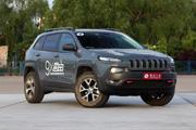 Jeep自由光性能版:45.99万起