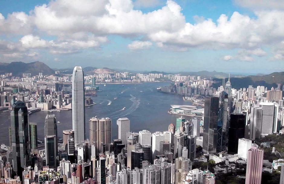 瞬间:新华社拍香港回归十五年