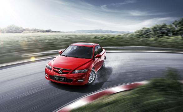 2013款Mazda6-红车转弯篇