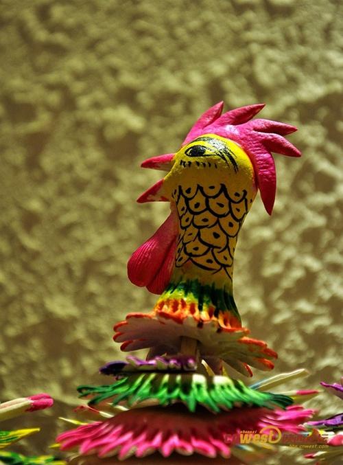 异蕊一笼鸡