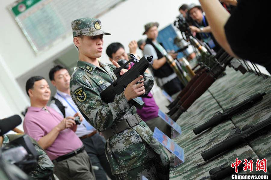47集团军防空旅开放 48家中外媒体参观主战武器