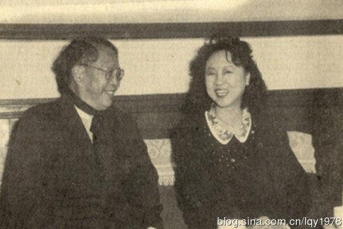 分享到:琼瑶阿姨年轻时的生活照曝光(图)