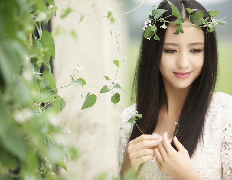 演绎北京爱情故事的新疆美女佟丽娅 城市频道