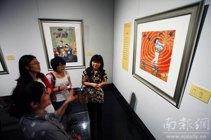 江苏农民画优秀作品展开幕:农民画就中国梦