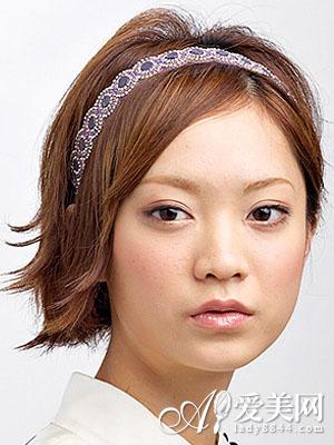 戴发箍的发型图片 清爽时尚又靓丽