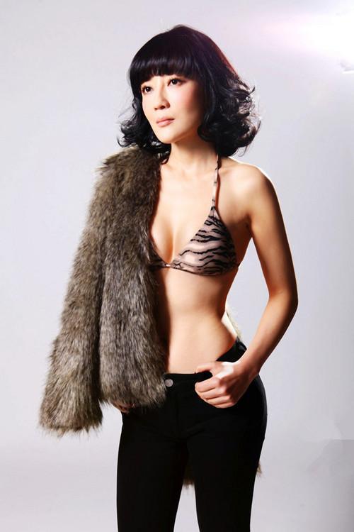 惊艳冯波拍摄时尚大片 尽显女人极致性感 大片