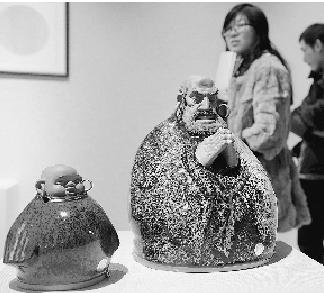 佛的-此次展览以佛教文化为主题,集中展示河南、广东佛山、福建潮州、景