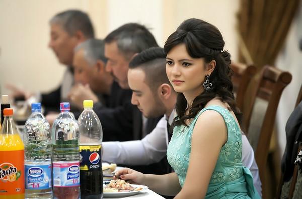 新疆邻国乌兹别克的美女