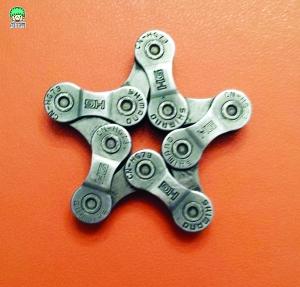 旧自行车链条做的五角星吊饰