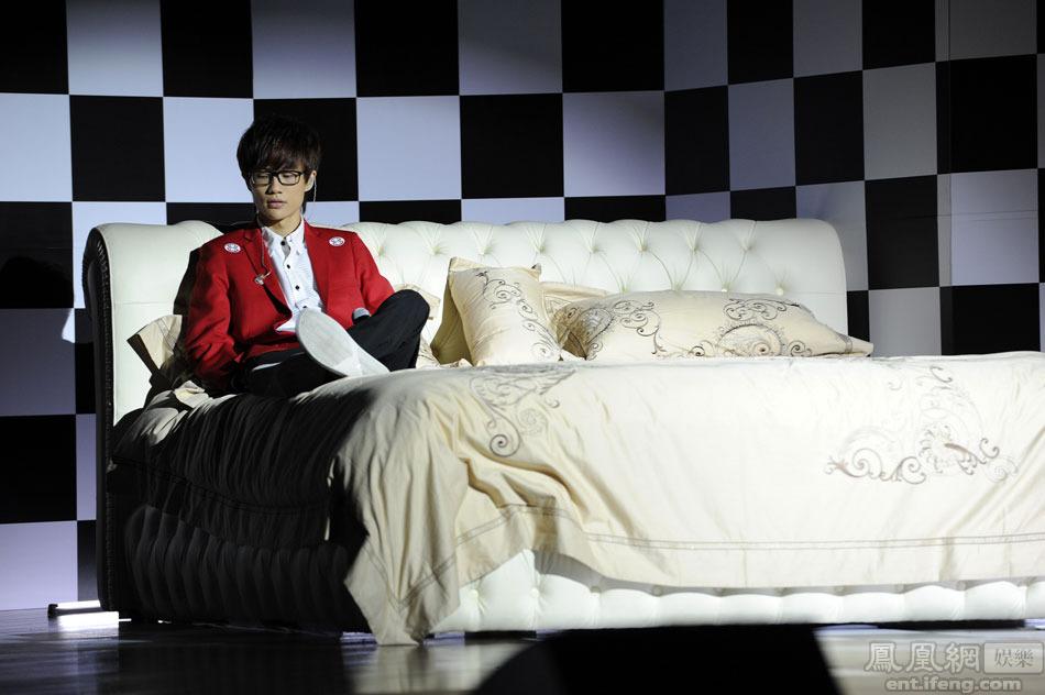 盛夏7月,海蝶音乐旗下艺人许嵩推出了他的第四张创作大碟《梦游