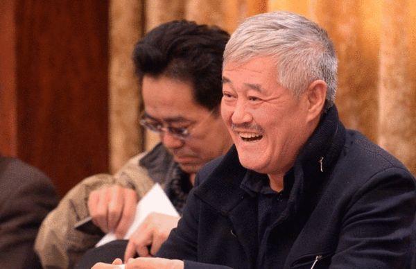 赵本山两会讨论显风趣幽默