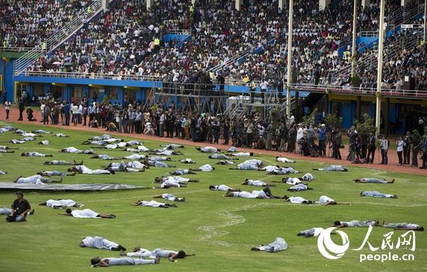 卢旺达举行纪念大屠杀25周年活动