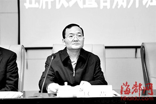 21世纪经济报道李银_对话21世纪经济报道主编刘洲伟