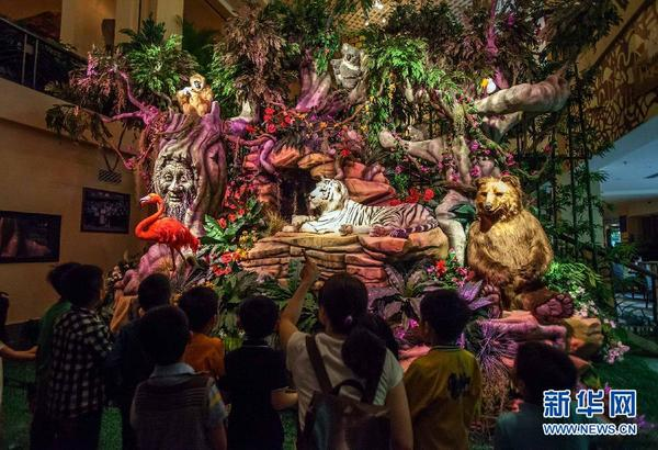 设计制作会讲故事的仿真动物模型,在广州长隆白虎自助餐厅森林童话