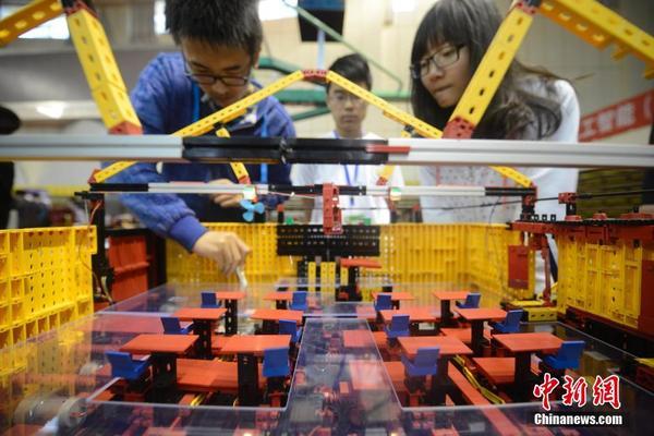 中国大学生机械创新设计大赛开赛图片