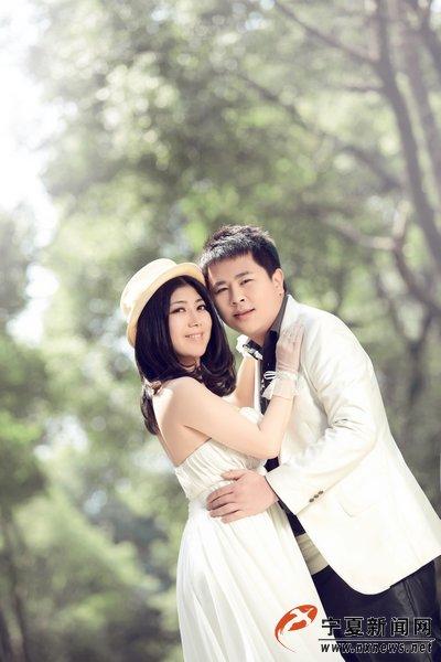 """李克寅""""的日本妻子古川绢代的结婚照。"""