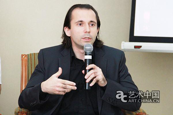 巴黎亚洲艺术博物副馆长Mael BELLEC发言