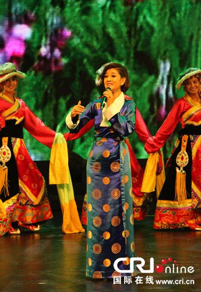 风格演绎想唱的歌曲 访藏族歌手降央卓玛