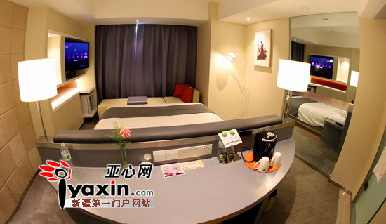 房间配备欧式简约沙发