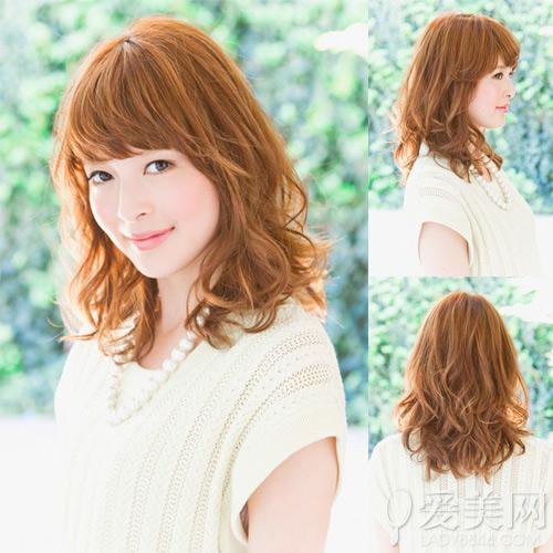日系中长发发型图片 慵懒卷发最流行|烫发|头发_凤凰